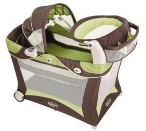 Graco Modern Pack 'N Play Playard with Bassinet and Changer